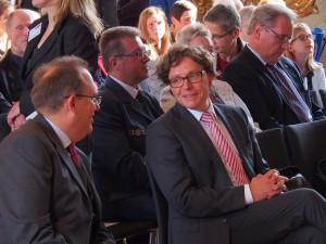 Westfalen hilft Köln: Kurator Dr. Max Plassmann im Gespräch mit Dr. Marcus Stumpf (Leiter des LWL-Archivamts für Westfalen)