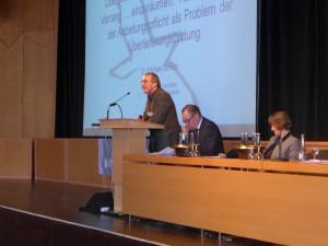 Herr Dr.Scholz, Landesfachstelle für Archive und öffentliche Bibliotheken im Brandenburgischen Landeshauptarchiv