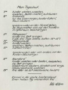 Tagesplan aus einem Praktikumsbericht im Kinderheim Seepferdchen am Timmendorfer Strand, 1963 (Stadtarchiv Lemgo T 7/453)